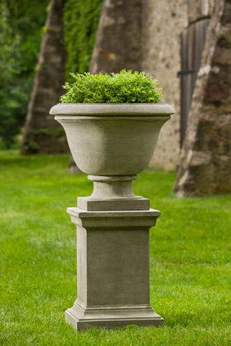 Greenwich Urn on Pedestal